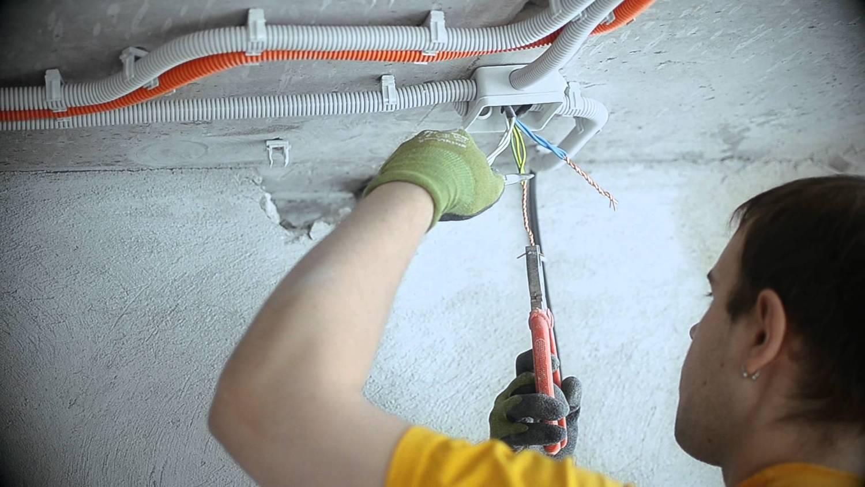 Как сделать электропроводку в квартире новую